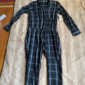 Old navy jumpsuit brand new